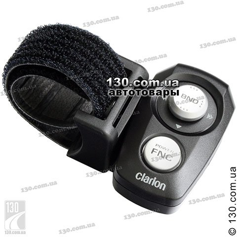 Remote control Clarion RCB-147-600 on steering wheel